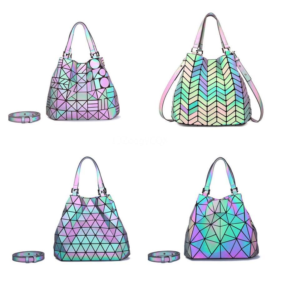 Gerçek Deri Bayan Tasarımcı Çanta İyi Donanım Metal Toka Kadınlar Geometrik Çanta Omuz Çanta # 184