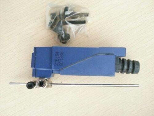 kutu Schneider Sınır Anahtarı #LRR içinde XCE154 XCE154 1PC Yeni