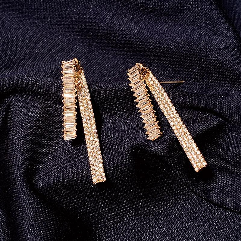 Personality Line Earrings For Girls New Fashion Gold Jewelry Cubic Zirconia Ear Stud Brand Design Long Earings