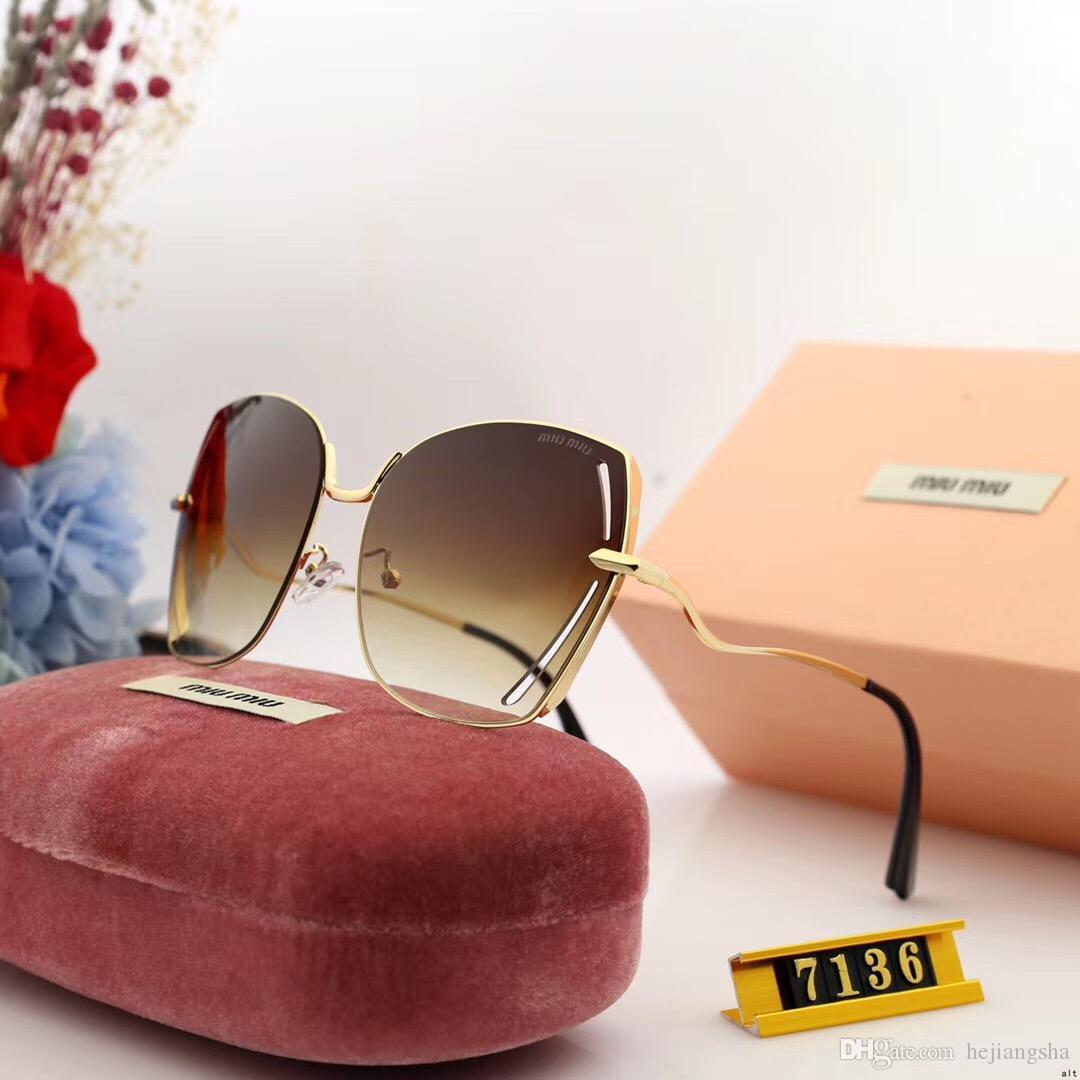 7136 occhiali da sole polarizzati per le donne, progettati per gli uomini, uv protezione 400 occhiali resina con 5 telaio nastro colorato