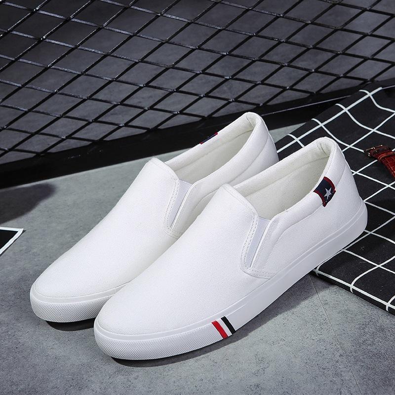 Verão respirável Men Canvas Shoes Casual Loafers dos homens deslizamento sobre macio e confortável ao ar livre Plano preguiçosos Shoes Masculino Chaussure Homme