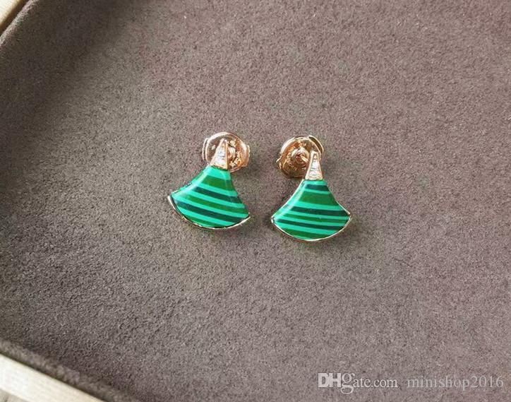 Joyería de moda Mujer Marca de Diseño Encantos Pendientes Eardrops MOQ 1PIC Envío de La Gota Caja de Paquete de Regalo de Alta Calidad #B
