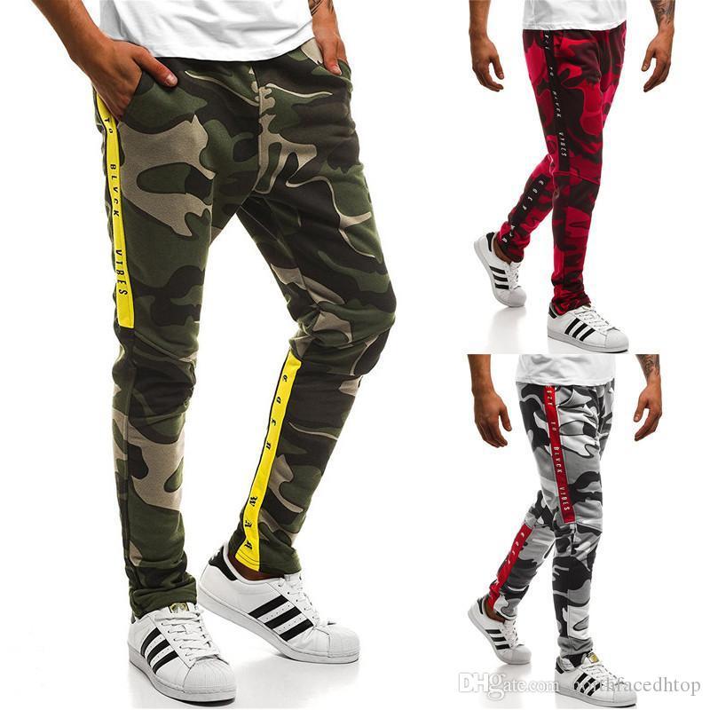 Para hombre del camuflaje del diseñador de los pantalones de primavera Deportes 19SS letras rayadas Pantalones Casual basculador