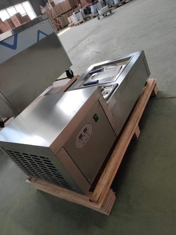 Tablo Modeli Tek Tava Dondurma Makinesi Yoğurt Fried Makinesi Dondurma Kızartma Makinesi Fried Haddelenmiş