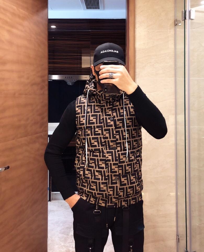 Sıcak Satış Klasik Erkek Ceket Lüks Yelek Aşağı Palto Puffer Coat Hoodie Erkek Kadın Dış Giyim WINDBREAKER Kapşonlu Lüks ceketler EB1 B103554L