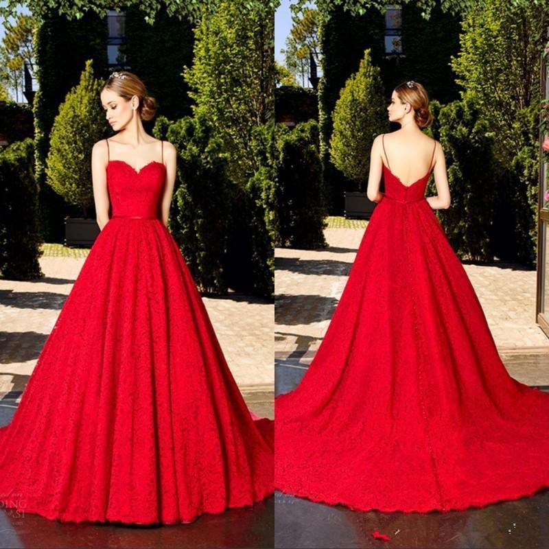 2020 formal Ruby Red cordón lleno de la vendimia una línea vestidos de noche spaghtti correas largas Prom Vestidos con cepillo tren