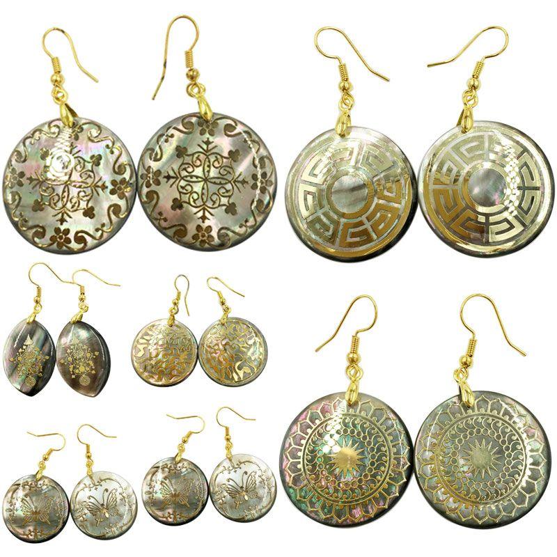 Freies Verschiffen-schönes Perlmutt Shell Runde Art Perlen Ohrringe Paar PWFH724