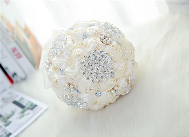 Branco nupcial do casamento Bouquet de mariage Pérolas dama Artificial Wedding Bouquets Flor Cristal buque de noiva 2020