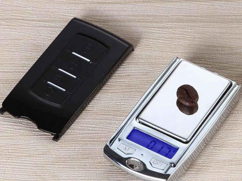 100g 0.01g 200g 0.01g portatile chiave auto in scala Design del Gioiello trasporto veloce elettronico digitale scala scale peso Valutazione bilanciamento del LED