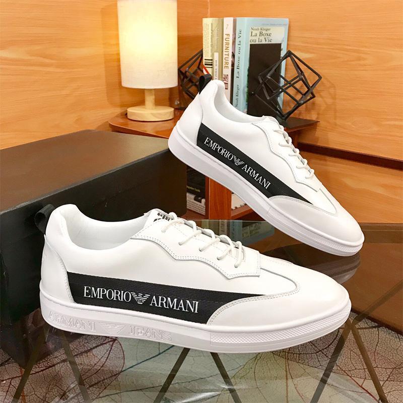 Новое прибытие Классический белый кроссовки для южного пляжа Мужчины Белый Инфракрасный тройные Черный Открытый Спортивная обувь Кроссовки Vingate Обучение