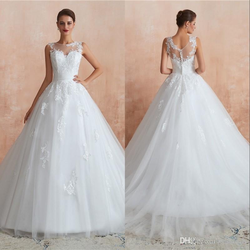 Cheap Boho Beach Wedding Dresses 2020 Sexy Sleeveless Boat Neck Backless Pleated Skirt Elegant Bohemian Bridal Gowns