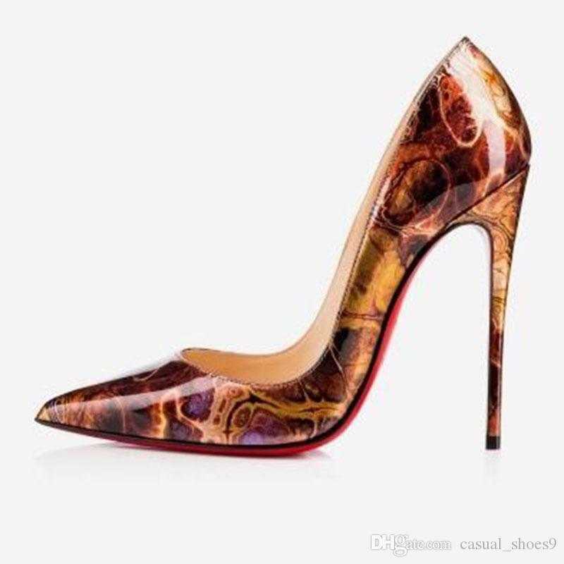 2020 مضخة براءات الاختراع والجلود أحذية زفاف اصبع القدم عقب غرامة امرأة الأحمر مثير الكعب العالي الأسود الأرجواني ليوبارد طباعة اعوج جلد الغنم C2f