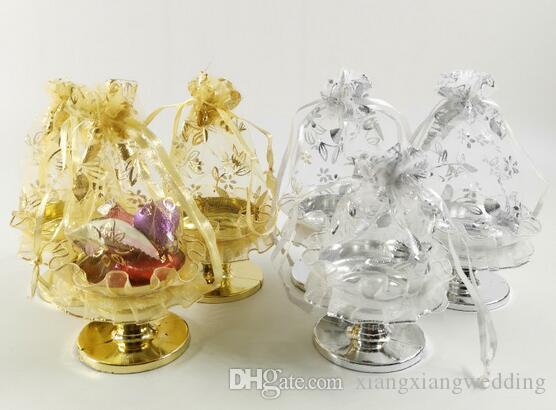 Exquis Panier de fleurs Candy Bag européenne Bonbonnière nouveau type de mariage Bonbonnière Vente directe d'usine Les marchandises du commerce extérieur