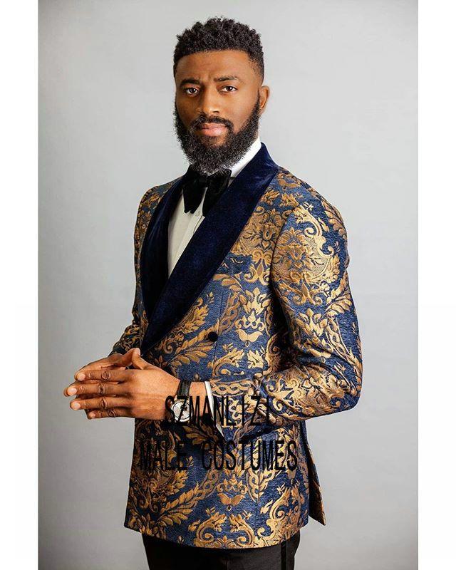 Trajes De Hombre Manteau Pantalons Costumes Hommes 2020 Navy Blue Velvet Floral Lapel double boutonnage Tuxedo Costumes de mariage marié pour les hommes