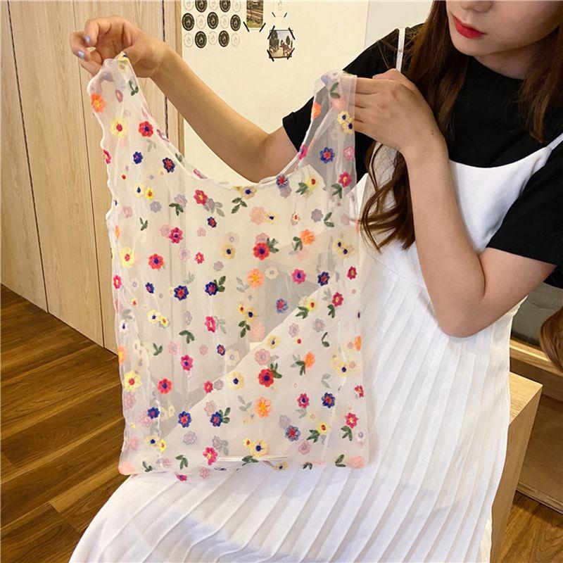 Lady's flower embroidered handbag Organza leisure hand-held fairy summer bag shopping bag lady's handbag new style