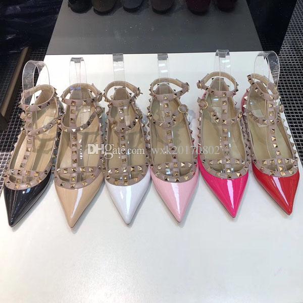 2019 neue Luxus-Modedesignerschuhe Nieten High Heel Damen Sandalen Leder zeigte sechs Farbenkleid Schuhe