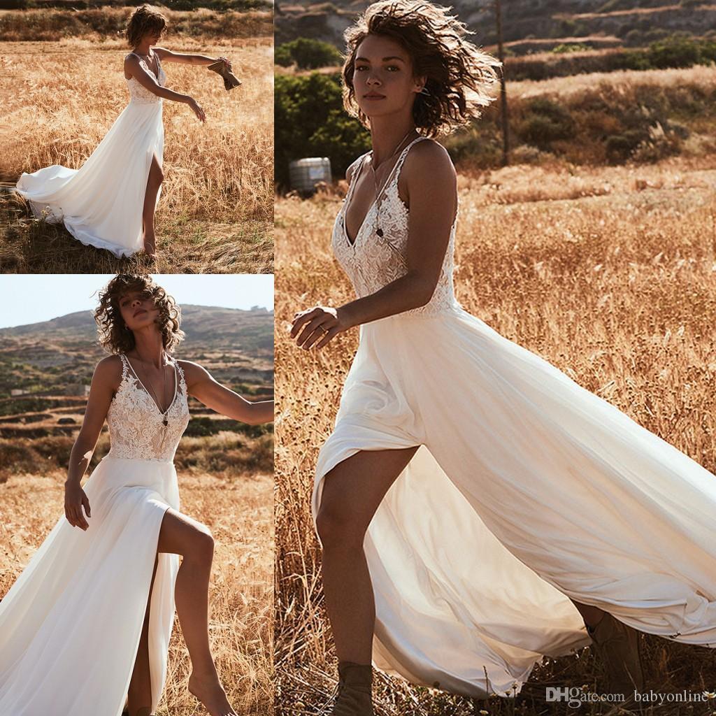 2020 Summer Bohemian Garden Beach Wedding Dresses A Line V Neck Appliques Top Chiffon Split Long Boho Bridal Gowns Cheap