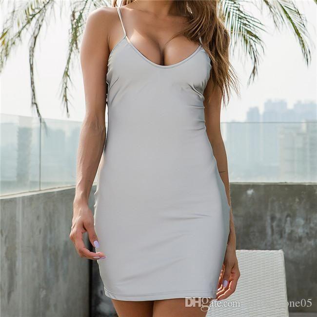 Robe Bracelet Skinny col en V profond Designer femmes Robes Femme Vêtements d'été Femmes Robe sans manches spaghetti réfléchissant