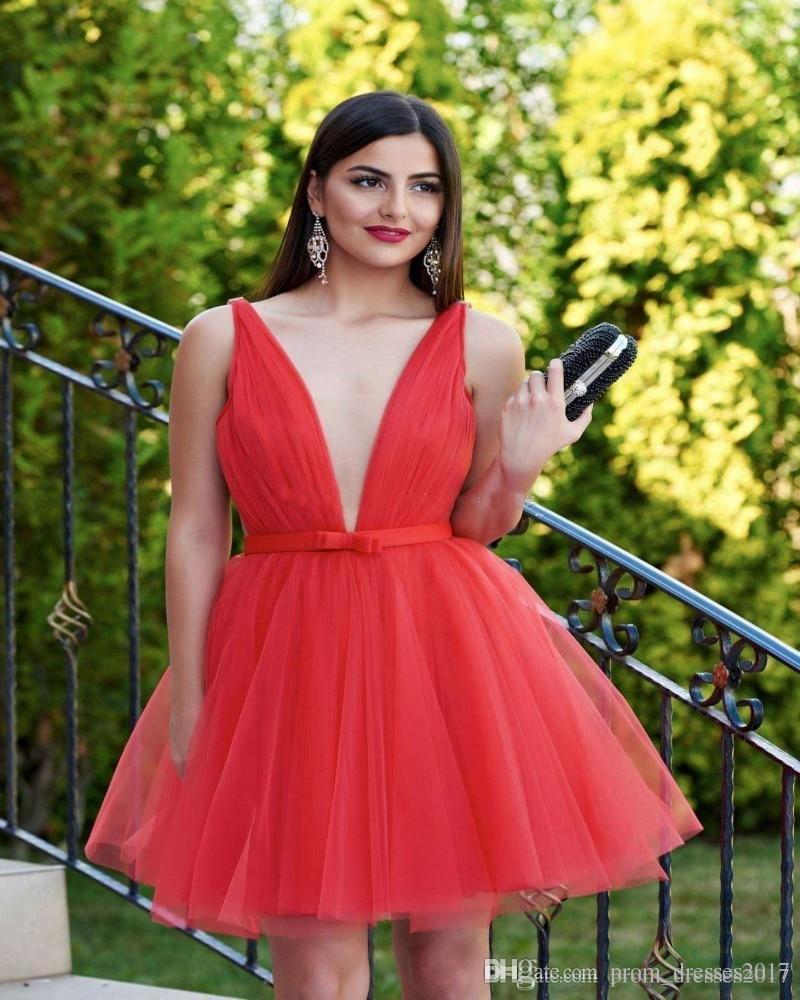 Sexy profundo pescoço vermelho vermelho vestidos de baile suavemente sem mangas tule fita backless moda vestidos de festa sexy vestidos homecoming