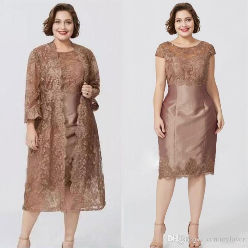 Yeni Ucuz Artı Boyutu Kahverengi Anne kapalı gelin elbiseler Ile Jewel Kısa Kollu Dantel Aplikler Ceket Çay Boyu Düğün Konuk Anneler Elbise