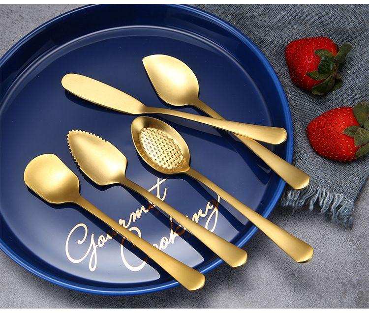 304 Нержавеющая сталь Кофе Ложка Симпатичные Мороженое Десерт Ложка Пудинг Смешивание Ложки Золотой Цветовая масла Нож