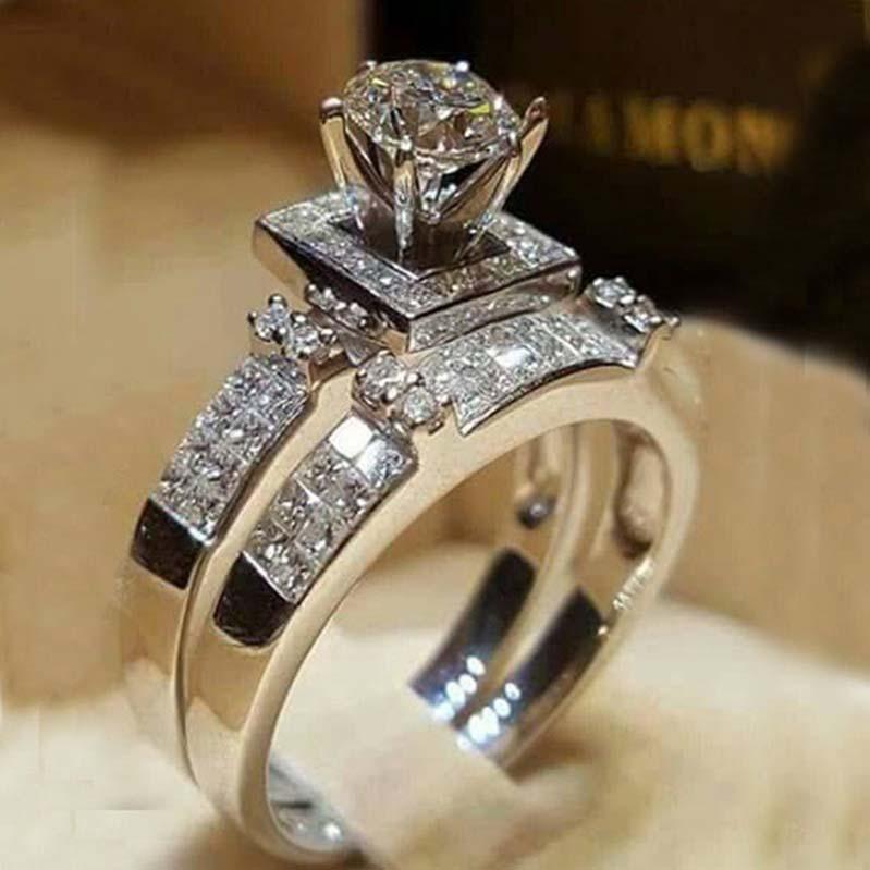 Anello di cristallo con zirconi cubici Anello di fidanzamento con diamante Fedi nuziali Coppia anello Set Gioielli di moda