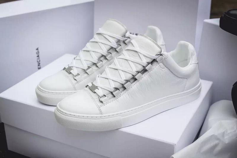 Großverkauf neue Art-verursachender Schuh Man weiß / rot / schwarz / grau Wrinkled Low Cut Fashion Arena Sneaker Designer-Schuh-Tropfen Verschiffen-Größe 38-47