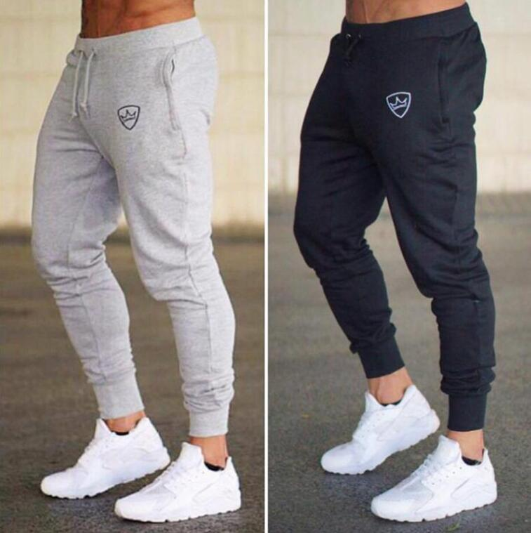Мужские штаны 2021 летняя мода Тонкий раздел Мужчины Повседневная Брюка Jogger Bodybuilding Фитнес Пот Время с ограниченным спортом