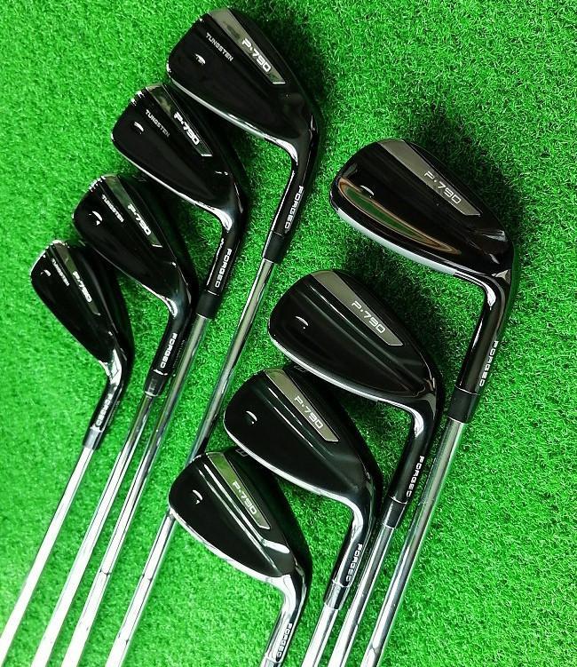 تايلور الجديد P790 لعبة غولف مجموعة الحديد الرجال على غرار النمط الأسود مجموعة رأس صغير 4 ف ق ثمانية من قطعة ملابس