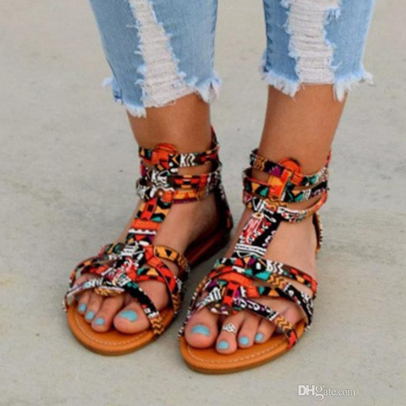 Venta caliente-Bohemia mujeres zapatos planos verano colorido Boho Sandalias Mujer colorido mujer playa plana más tamaño 34-43