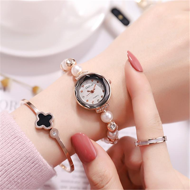 2020 Hot Vintage Jewelry Fashion Ladies Wristwatches Women Crystal Pearl Bracelet Quartz Watches With Analog Diamond Dial Clock Luxury Dress