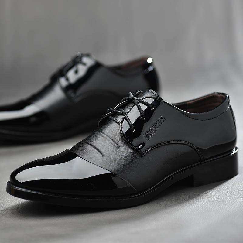Taille 38-48 2019 Affaires Robe Hommes Formelle Chaussures De Mariage Bout Pointu De Mode PU En Cuir Chaussures Belles Appartements Oxford Chaussures Pour Hommes