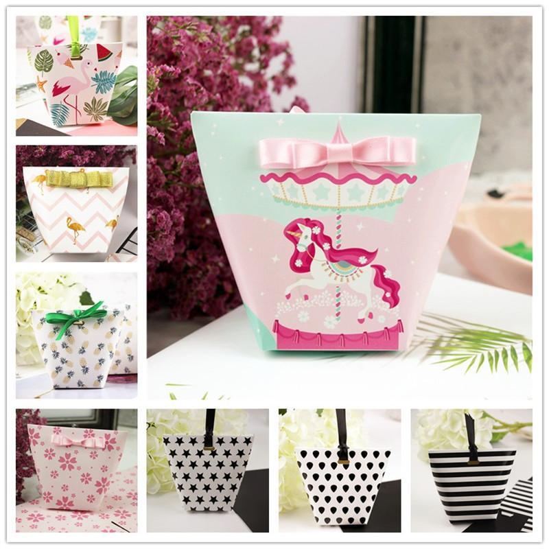 100 / 50ps sacchetti di carta di caramella di Dragee regalo scatola regalo di nozze favori di partito scatola di carta per imballaggio di scatola + Ribbon