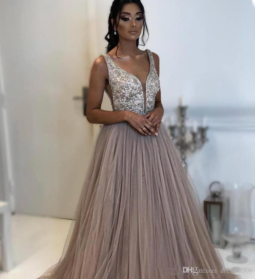 2019 Cuello en V profundo Tulle Una línea Vestidos de noche Piedras moldeadas Longitud del piso superior Fiesta formal Vestidos de fiesta