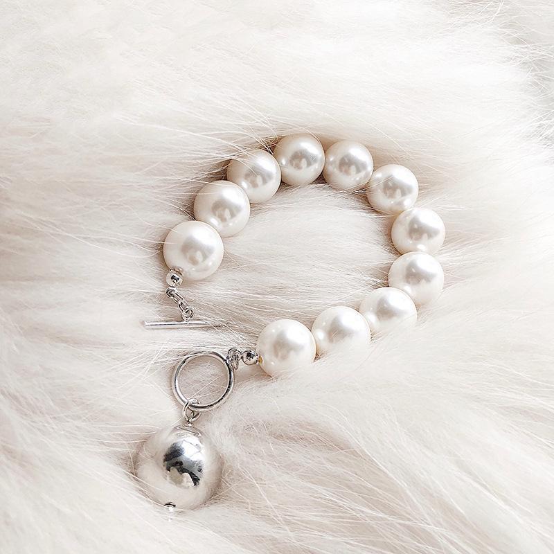 Braccialetti di modo moderno per il monili delle donne Big simulato braccialetto della perla 2020