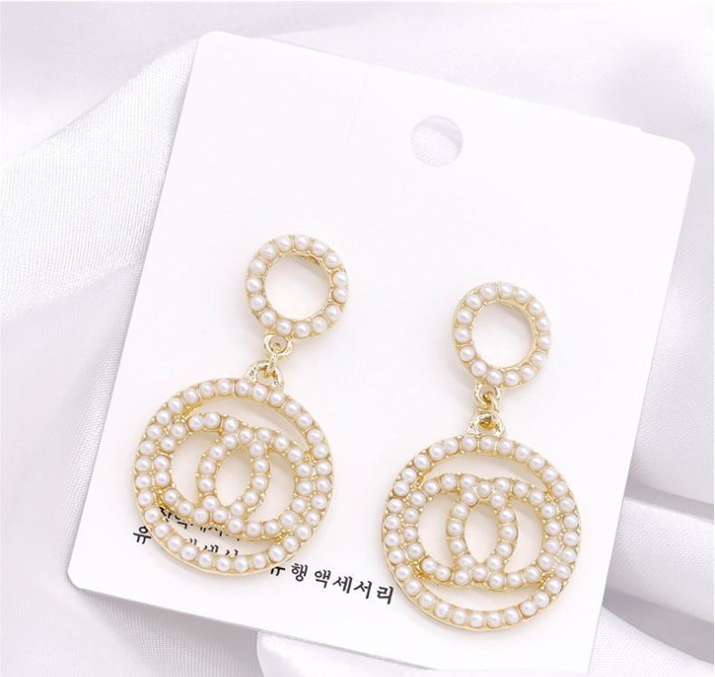 2020 nouvelles boucles d'oreilles perle dames élégance élégante cadeaux de bureau classique de parti