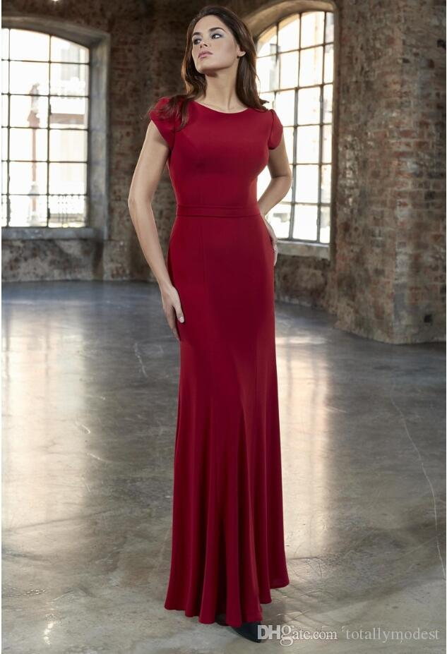 2019 New Dark Red Crepe Gaine Long Modest robes de demoiselle d'honneur avec Cap manches Longueur au sol Simple Modest Demoiselles d'honneur robe Custom Made