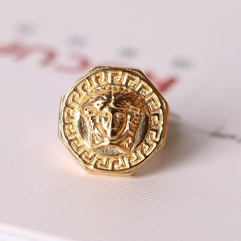 Богиня Новый стиль Мужчины кольцо Hot Hip Hop Продажа титана стали палец кольцо Европа и Америка Золотой выдалбливают кольцо