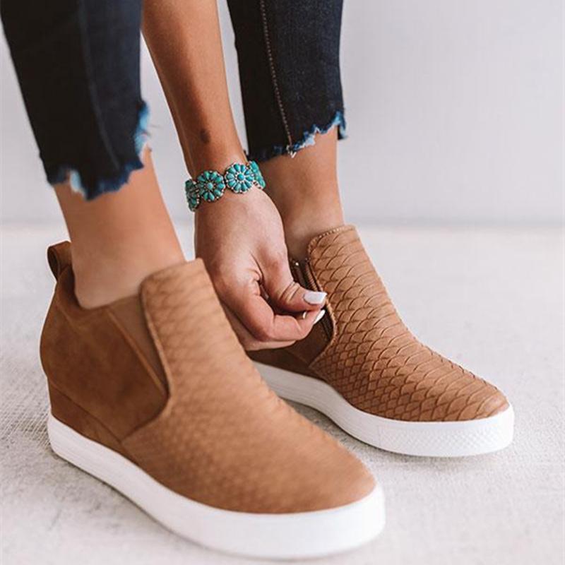 Casuali dello slip donne delle scarpe da tennis Femme vulcanizzati Scarpe per donne Su signore piatto scarpe donne Moda Retro scarpe da tennis / autunno CJ191228