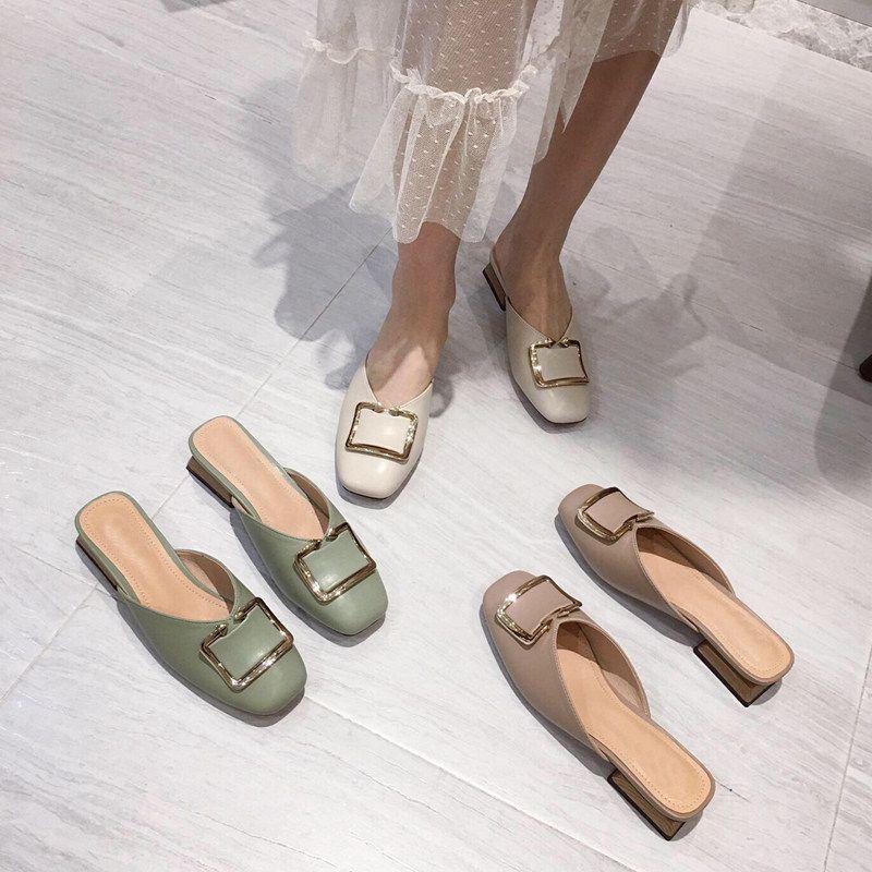 Terlik Kadınlar Yaz Lüks Slaytlar Düşük Kadın Kapak Burun loafer'lar Tasarımcı 2020 Temel Kumaş Kauçuk Bling PU Nal Topuklar Ayakkabı