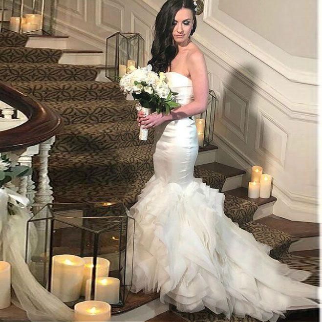 Organza senza bretelle di abiti da sposa del raso della sirena corona nuziale diademi y della vita di goccia abito da sposa pannello esterno a file abito da sposa
