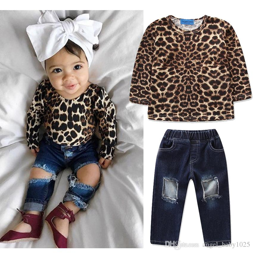 2019 Sommer neue Kinderbekleidung Frühjahr und Herbst Mädchen langärmeliges Leopardenhemd + Loch Jeans zweiteiligen Anzug