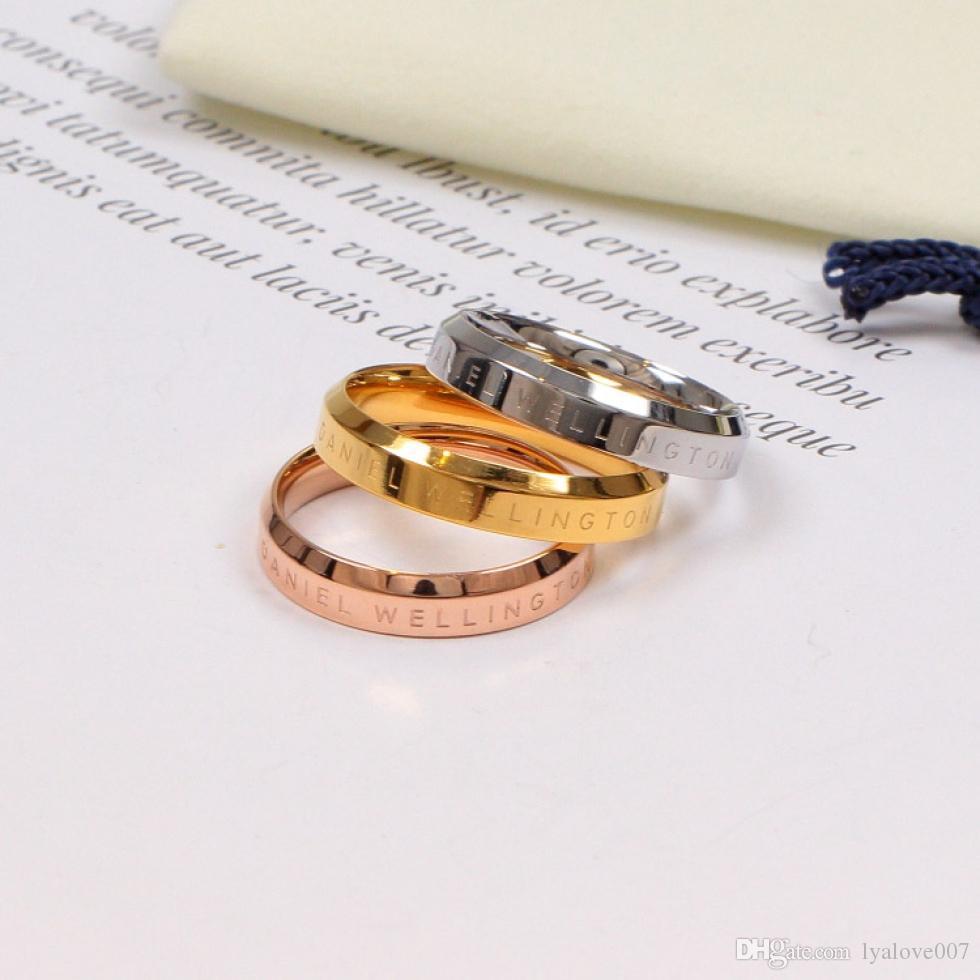 여성 티타늄 스테인레스 스틸 18K 골드 도금 DW 편지 링 여성 결혼 선물 보석 명품 디자이너 보석 새로운 패션 사랑 반지