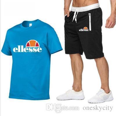 2020 Männer T-Shirt-beiläufige Klage-Sommer-Fitness Glühplattenherd T-Shirt + Shorts Set Herren V-Kragen New 2 Stück Short Anzug atmungsaktiv