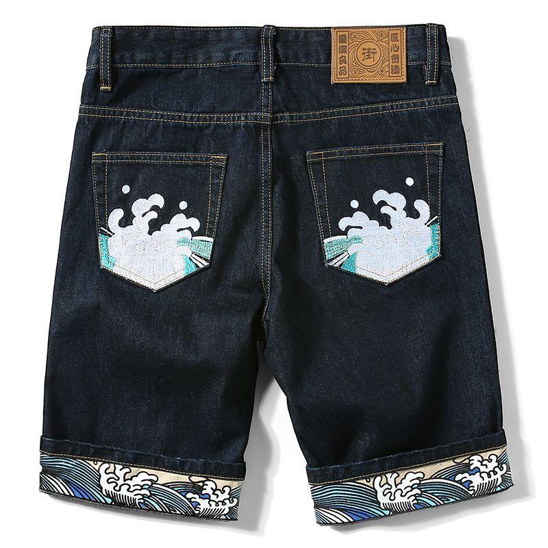 سراويل الجينز الرجال أزياء العلامة التجارية Capris الصينية التطريز Guochao كبيرة فضفاضة الطباعة الصيف الجينز أنبوب مستقيم