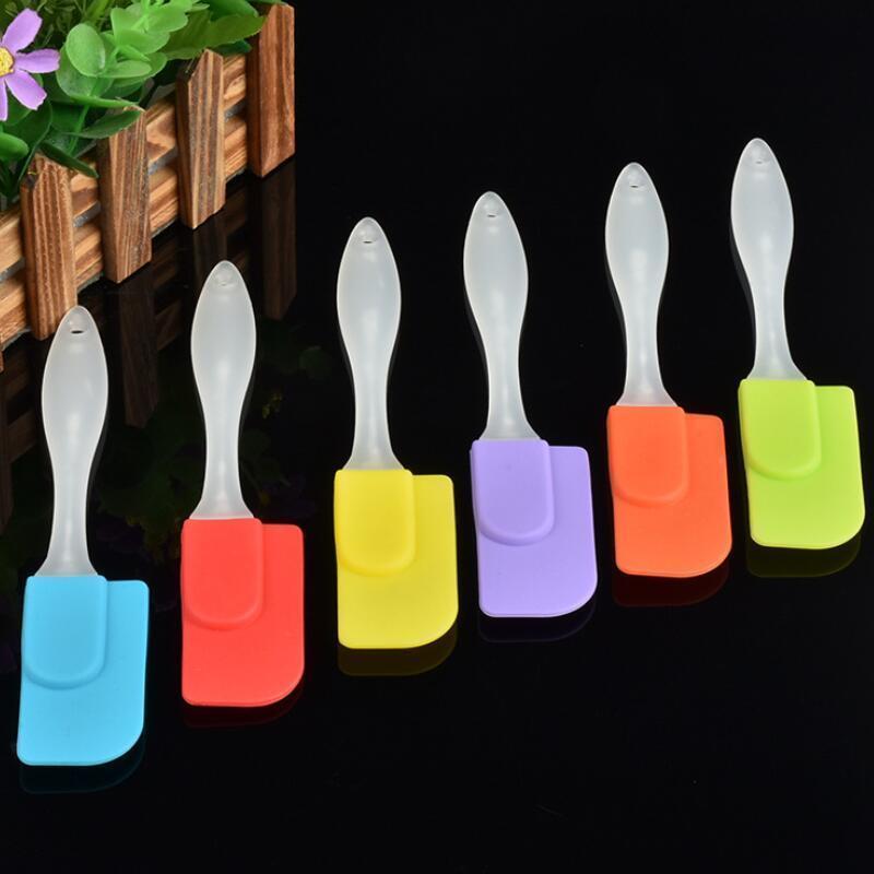 couleurs mélangées ustensile de cuisine spatule personnalisée à biscuits spatule brosse en silicone avec poignée en plastique Livraison gratuite LX8783