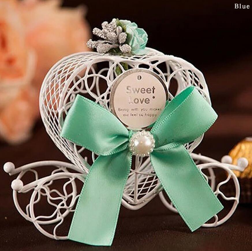 Bello sveglio Cinderella Carriage Candy cioccolato Scatole di compleanno favore della festa nuziale a forma di cuore scatole di favore della decorazione