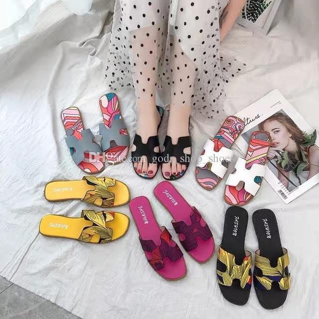 Hermes slippers 샌들과 슬리퍼 여성 여름 의류 2020 새로운 패션 야생 캔디 컬러 슬리퍼 플랫 비치 신발은 발을 한 35 ~ 40 끼