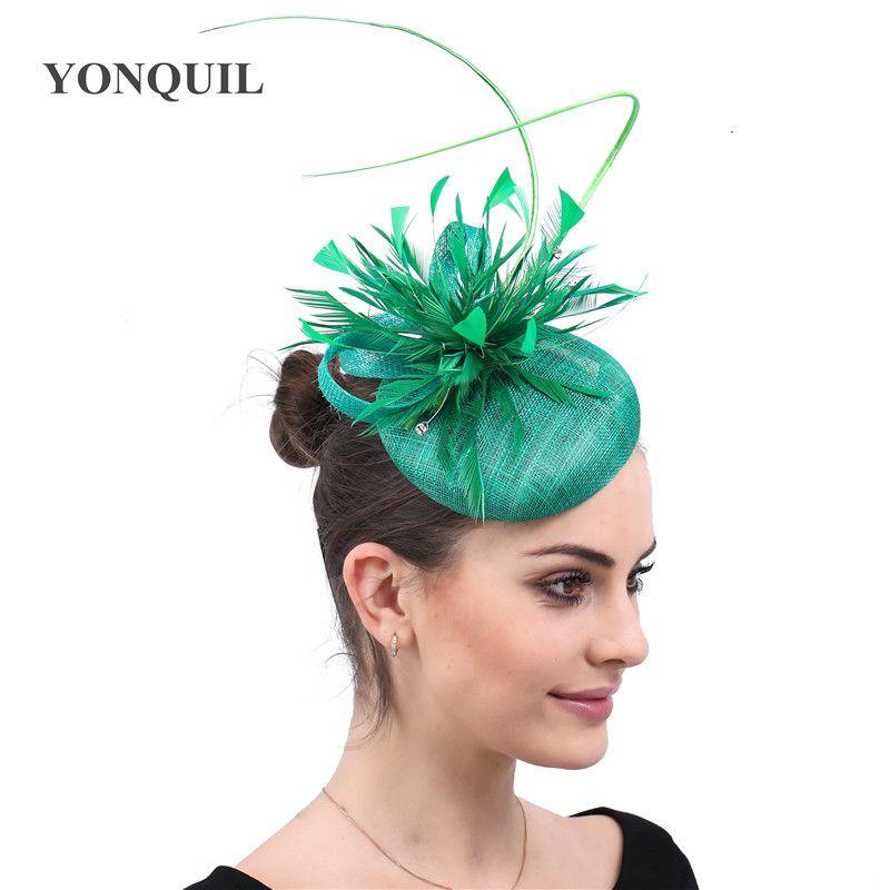 Damen Federn Grün Sinamay Hut Party Cap Fedoras Kleid Fascinator Hochzeit Headwear Anlass Damen femele Haarschmuck
