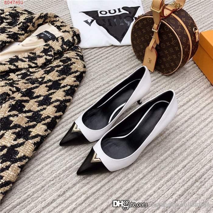 2020 إمرأة مطابقة اللون مدبب الأحذية ذات الكعب العالي، مع مجموعة واسعة من الأحذية ذات الكعب خنجر لفستان التجارية الأطراف مع حجم مربع 35-39
